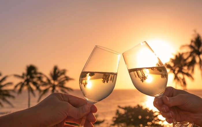 Honeymoon Tips | Wine Country Honeymoon Planning Checklist | Winetraveler.com