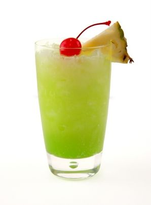 Melon Ball Tropical Drink Recipe | Best Tropical Cocktail Recipes | Winetraveler.com