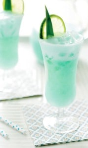 Blue Hawaiian Tropical Drink Recipe | Easy to Make Tropical Drinks