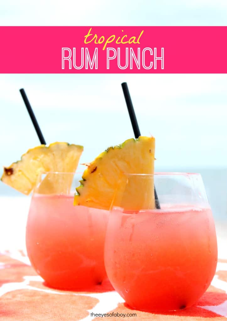 10 most popular tropical drink recipes winetraveler for Easy fruity mixed drinks