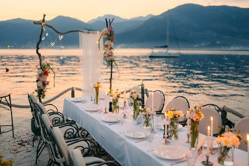 What Kind of Wine to Bring as a Wedding Gift   Winetraveler.com