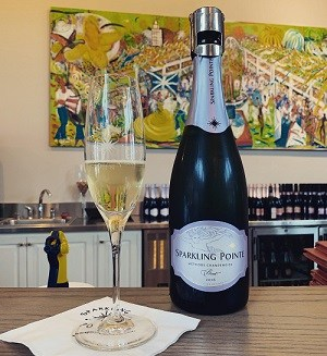 Best North Fork Wineries, Hotels, Restaurants and Activities on Long Island - Sparkling Pointe | Winetraveler.com