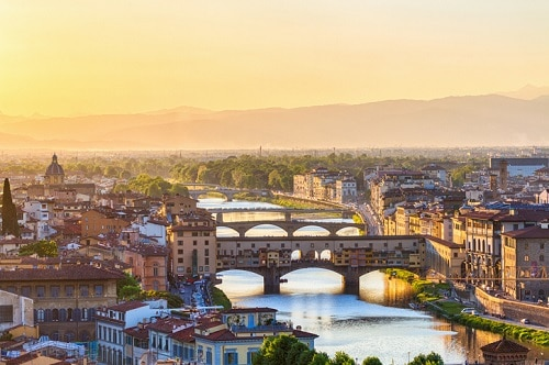 Ponto Vecchie Bridge in Florence Italy - Top things to see in the area | Winetraveler.com